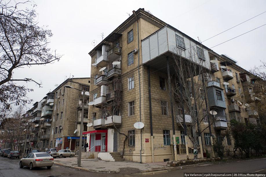 Ответы@mail.ru: Я живу на первом этаже двухэтажного жилого д.